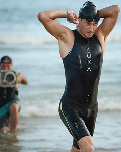 Brad Kahlefeldt - Swim Leg - 2015 Noosa Triathlon, Noosa Heads, Sunshine Coast, Queensland, Australia; 1 November. Camera 1. Photos by Des Thureson - disci.smugmug.com