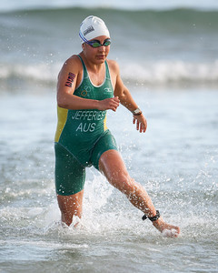 Annelise JEFFERIES - 2015 Noosa Triathlon, Noosa Heads, Sunshine Coast, Queensland, Australia; 1 November. Camera 2. Photos by Des Thureson - disci.smugmug.com