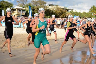 Danielle DE FRANCESCO - Swim Leg - 2016 Noosa Triathlon, Noosa Heads, Sunshine Coast, Queensland, Australia; 30 October. Camera 2. Photos by Des Thureson - disci.smugmug.com