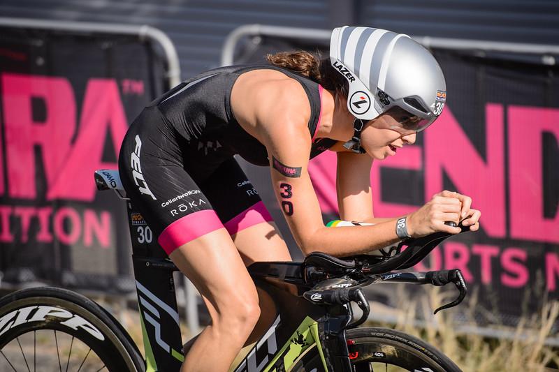 Ashleigh Gentle - Bike Leg - 2016 Noosa Triathlon, Noosa Heads, Sunshine Coast, Queensland, Australia; 30 October. Camera 2. Photos by Des Thureson - disci.smugmug.com