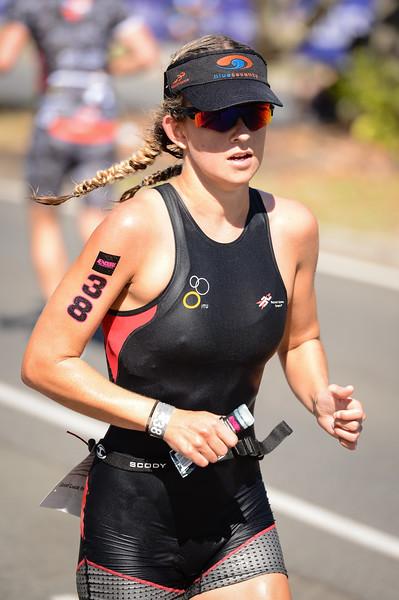 Laura Cook - Run Leg - 2016 Noosa Triathlon, Noosa Heads, Sunshine Coast, Queensland, Australia; 30 October. Camera 2. Photos by Des Thureson - disci.smugmug.com