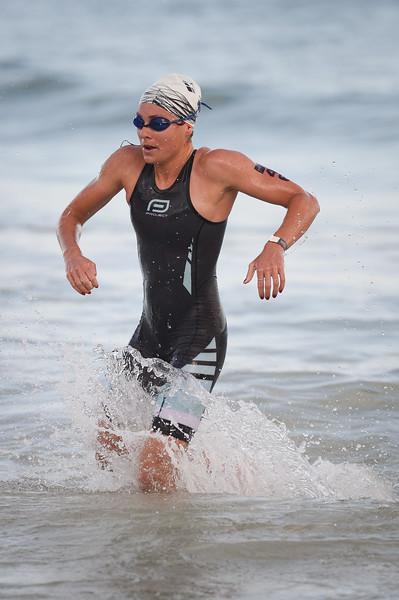Natalie Van Coevorden - Swim Leg - 2016 Noosa Triathlon, Noosa Heads, Sunshine Coast, Queensland, Australia; 30 October. Camera 2. Photos by Des Thureson - disci.smugmug.com