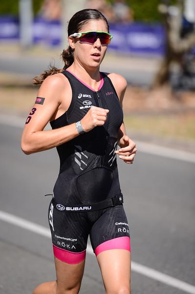 Ashleigh Gentle - Run Leg - 2016 Noosa Triathlon, Noosa Heads, Sunshine Coast, Queensland, Australia; 30 October. Camera 2. Photos by Des Thureson - disci.smugmug.com