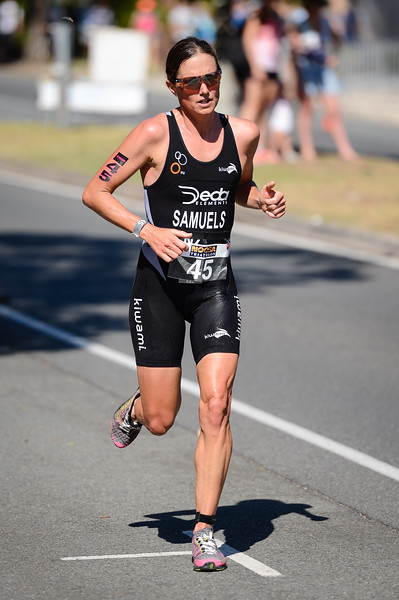 Nicky Samuels - Run Leg - 2016 Noosa Triathlon, Noosa Heads, Sunshine Coast, Queensland, Australia; 30 October. Camera 2. Photos by Des Thureson - disci.smugmug.com