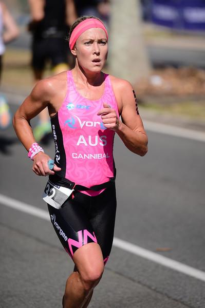Kirralee Seidel - Run Leg - 2016 Noosa Triathlon, Noosa Heads, Sunshine Coast, Queensland, Australia; 30 October. Camera 2. Photos by Des Thureson - disci.smugmug.com