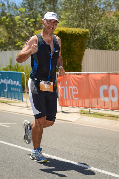 Jeff GOLLAN - Run Leg - 2016 Noosa Triathlon, Noosa Heads, Sunshine Coast, Queensland, Australia; 30 October. Camera 2. Photos by Des Thureson - disci.smugmug.com