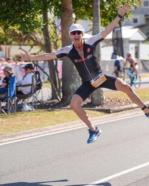 Dane ROBERTS - Run Leg - 2016 Noosa Triathlon, Noosa Heads, Sunshine Coast, Queensland, Australia; 30 October. Camera 2. Photos by Des Thureson - disci.smugmug.com