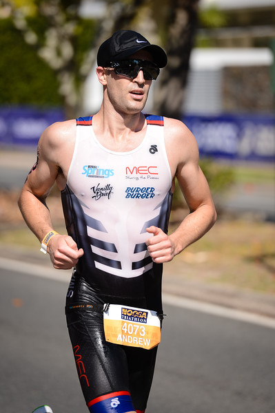Andrew Small - Run Leg - 2016 Noosa Triathlon, Noosa Heads, Sunshine Coast, Queensland, Australia; 30 October. Camera 2. Photos by Des Thureson - disci.smugmug.com