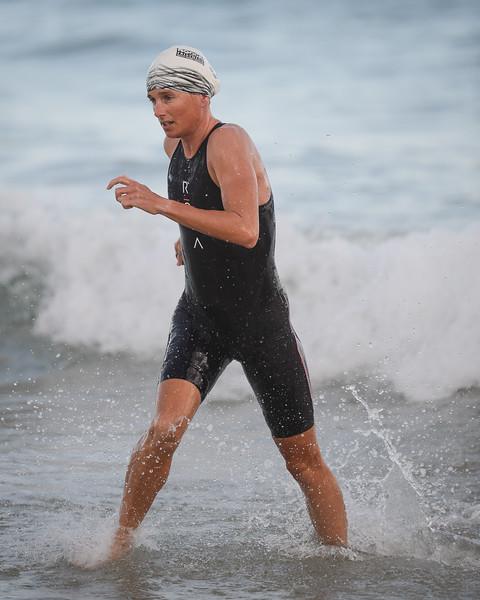 Nicky Samuels - Swim Leg - 2016 Noosa Triathlon, Noosa Heads, Sunshine Coast, Queensland, Australia; 30 October. Camera 2. Photos by Des Thureson - disci.smugmug.com