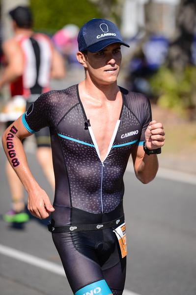 Lindsey LAWRY - Run Leg - 2016 Noosa Triathlon, Noosa Heads, Sunshine Coast, Queensland, Australia; 30 October. Camera 2. Photos by Des Thureson - disci.smugmug.com