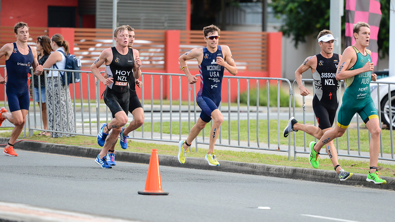 "Luke Willan, Ryan Sissons, Kevin Mcdowell, Daniel Hoy - 2017 Gold Coast ITU Men's WTS World Triathlon, Saturday 8 April 2017; Queensland, Australia. Camera 1. Photos by Des Thureson - <a href=""http://disci.smugmug.com"">http://disci.smugmug.com</a>."