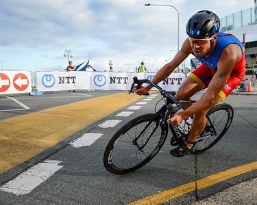Javier Gomez Noya - 2017 Gold Coast ITU Men's WTS World Triathlon, Saturday 8 April 2017; Queensland, Australia. Camera 1. Photos by Des Thureson - http://disci.smugmug.com.