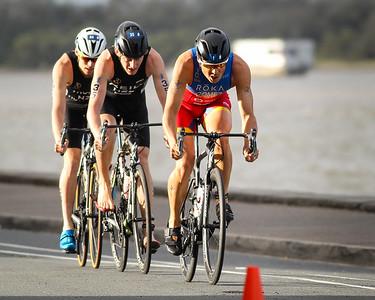Javier Gomez Noya - 2017 Gold Coast ITU Men's WTS World Triathlon, Saturday 8 April 2017; Queensland, Australia. Camera 2. Photos by Des Thureson - http://disci.smugmug.com.