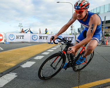 Henrik Goesch - 2017 Gold Coast ITU Men's WTS World Triathlon, Saturday 8 April 2017; Queensland, Australia. Camera 1. Photos by Des Thureson - http://disci.smugmug.com.