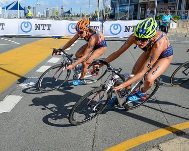 Summer Cook, Renee Tomlin - 2017 Gold Coast ITU Women's WTS World Triathlon, Saturday 8 April 2017; Queensland, Australia. Camera 1. Photos by Des Thureson - http://disci.smugmug.com.