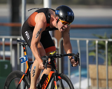 Jorik Van Egdom - 2018 Gold Coast World Triathlon Men's WTS Grand Final, Sunday 16 September 2018; Queensland, Australia. Camera 2. Photos by Des Thureson - http://disci.smugmug.com.