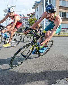Luke Willian - Bike Leg - 2018 Gold Coast World Triathlon Men's WTS Grand Final, Sunday 16 September 2018; Queensland, Australia. Camera 1. Photos by Des Thureson - http://disci.smugmug.com.