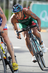 Irving Perez - 2018 Gold Coast World Triathlon Men's WTS Grand Final, Sunday 16 September 2018; Queensland, Australia. Camera 2. Photos by Des Thureson - http://disci.smugmug.com.