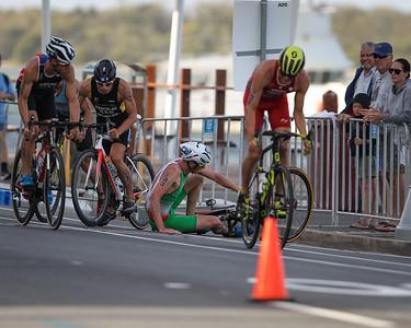 Crash - 2018 Gold Coast World Triathlon Men's WTS Grand Final, Sunday 16 September 2018; Queensland, Australia. Camera 2. Photos by Des Thureson - http://disci.smugmug.com.
