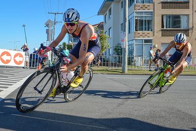 Vicky Holland - 2018 Gold Coast World Triathlon Women's WTS Grand Final, Saturday 15 September 2018; Queensland, Australia. Camera 1. Photos by Des Thureson - http://disci.smugmug.com.