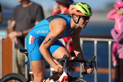 Alice BETTO - 2018 Gold Coast World Triathlon Women's WTS Grand Final, Saturday 15 September 2018; Queensland, Australia. Camera 2. Photos by Des Thureson - http://disci.smugmug.com.