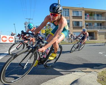 Natalie Van Coevorden - 2018 Gold Coast World Triathlon Women's WTS Grand Final, Saturday 15 September 2018; Queensland, Australia. Camera 1. Photos by Des Thureson - http://disci.smugmug.com.