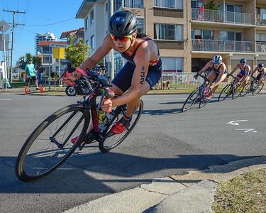 Sophie COLDWELL - 2018 Gold Coast World Triathlon Women's WTS Grand Final, Saturday 15 September 2018; Queensland, Australia. Camera 1. Photos by Des Thureson - http://disci.smugmug.com.