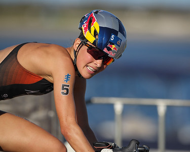2018 Gold Coast World Triathlon Women's Elite ITU Grand Final, Portfolio Gallery