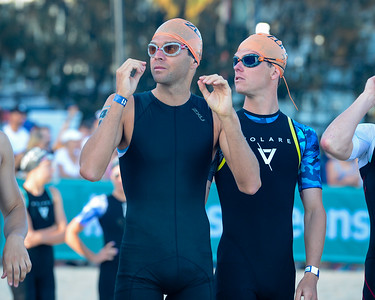 Aaron Royle, Ryan Bailie - 2018 Noosa Triathlon, Noosa Heads, Sunshine Coast, Queensland, Australia; 4 November. Camera 1. Photos by Des Thureson - disci.smugmug.com