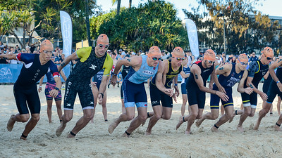 Go, Travis Coleman, Sam Douglas, Jake Hynes, Max Stapley, Jake Birtwhistle, David Pinto, Ryan Bailie - 2018 Noosa Triathlon, Noosa Heads, Sunshine Coast, Queensland, Australia; 4 November. Camera 1. Photos by Des Thureson - disci.smugmug.com