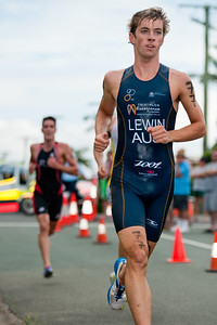 James Lewin - 2011 Caloundra Enduro Triathlon for professional triathletes (men's event); Woorim Park, Golden Beach, Caloundra, Sunshine Coast, Queensland, Australia; 6 February 2011. Photos by Des Thureson.