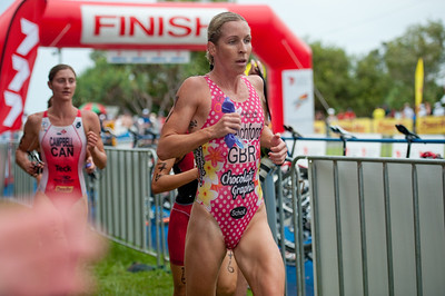 EXTRAS: 2011-Caloundra Enduro Triathlon - Professional Women