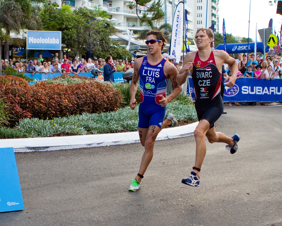 "Vincent Luis, Premysl Svarc - 2011 Mooloolaba ITU World Cup Triathlon - Men. Mooloolaba Triathlon Festival, Saturday 26 March 2011, Sunshine Coast, Queensland, Australia. Photos by Des Thureson:  <a href=""http://disci.smugmug.com"">http://disci.smugmug.com</a>"