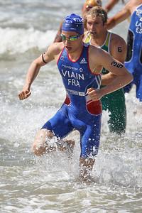 Simon Viain - 2015 Mooloolaba ITU Triathlon World Cup Men - 2015 Mooloolaba Triathlon Multi Sport Festival, Sunshine Coast, Qld, AUS; Saturday 14 March 2015. Photos by Des Thureson - http://disci.smugmug.com. Camera 2.