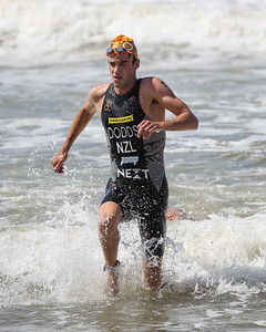 Tony Dodds - 2015 Mooloolaba ITU Triathlon World Cup Men - 2015 Mooloolaba Triathlon Multi Sport Festival, Sunshine Coast, Qld, AUS; Saturday 14 March 2015. Photos by Des Thureson - http://disci.smugmug.com. Camera 2.