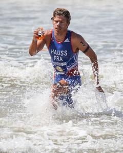 David Hauss - 2015 Mooloolaba ITU Triathlon World Cup Men - 2015 Mooloolaba Triathlon Multi Sport Festival, Sunshine Coast, Qld, AUS; Saturday 14 March 2015. Photos by Des Thureson - http://disci.smugmug.com. Camera 2.