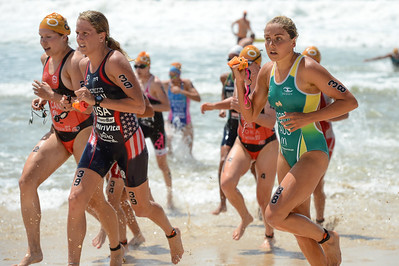 Grace Musgrove - 2015 Mooloolaba ITU Triathlon World Cup Women - 2015 Mooloolaba Triathlon Multi Sport Festival, Sunshine Coast, Qld, AUS; Saturday 14 March 2015. Photos by Des Thureson - http://disci.smugmug.com. Camera 1.