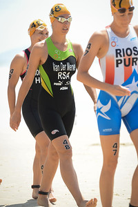 Oops - Sorry for the wrong camera settings at the start - a bright day but not that bright. :) - Vicky Van Der Merwe - 2015 Mooloolaba ITU Triathlon World Cup Women - 2015 Mooloolaba Triathlon Multi Sport Festival, Sunshine Coast, Qld, AUS; Saturday 14 March 2015. Photos by Des Thureson - http://disci.smugmug.com. Camera 1.