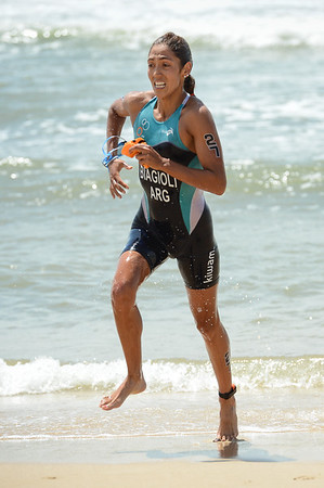 Romina Biagioli - 2015 Mooloolaba ITU Triathlon World Cup Women - 2015 Mooloolaba Triathlon Multi Sport Festival, Sunshine Coast, Qld, AUS; Saturday 14 March 2015. Photos by Des Thureson - http://disci.smugmug.com. Camera 1.