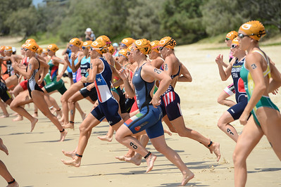 2015 Mooloolaba ITU Triathlon World Cup Women - 2015 Mooloolaba Triathlon Multi Sport Festival, Sunshine Coast, Qld, AUS; Saturday 14 March 2015. Photos by Des Thureson - http://disci.smugmug.com. Camera 1.