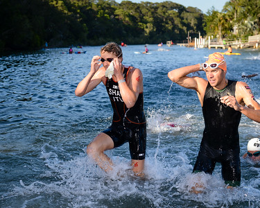 Ben Shaw, Aaron Royle - Swim Leg - 2013 Noosa Triathlon, Noosa Heads, Sunshine Coast, Queensland, Australia; 3 November. Camera 1. Photos by Des Thureson - disci.smugmug.com