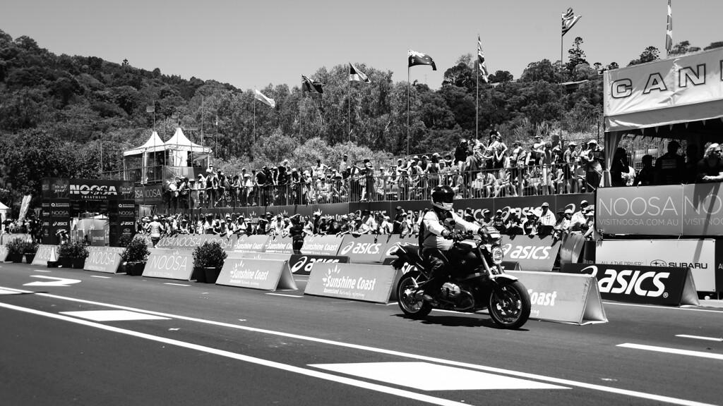"Alternate Processing: ""Red Hi Contrast Filter"" - Run Leg - 2013 Noosa Triathlon, Noosa Heads, Sunshine Coast, Queensland, Australia; 3 November. Camera 1. Photos by Des Thureson - disci.smugmug.com"