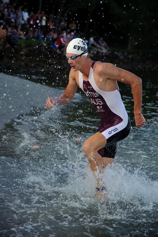 Sam Betten - Pre-start, Swim Leg & 1st Transition - Noosa Triathlon, Sunshine Coast, Queensland, Australia; 31 October 2010