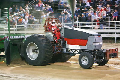 Linda Lussetto in the Hot Farm Tractor Class