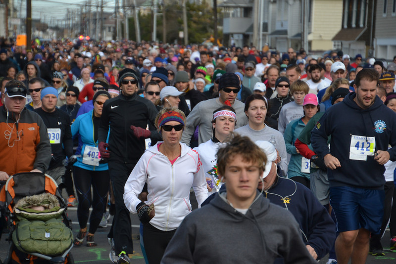 Turkey Trot 2013 Start 2013-11-22 025