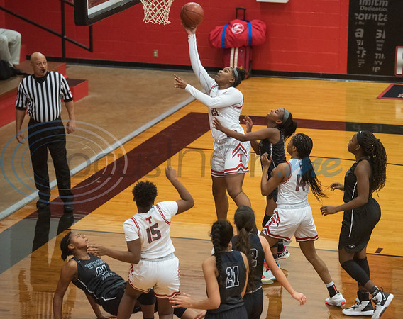 Tyler Lee's Aaliyah Morgan (21) goes for a basket as the Red Raiders play Wylie East in a basketball game at home on Tuesday, Dec. 31, 2019.  (Sarah A. Miller/Tyler Morning Telegraph)