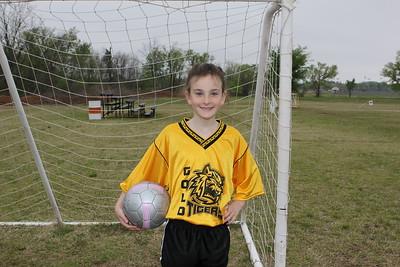 soccer u 10 gold tigers so-09 010