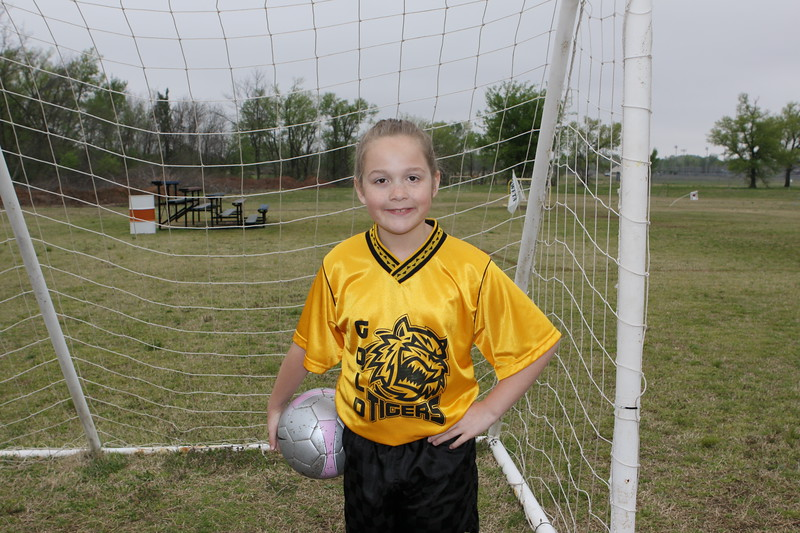 soccer u 10 gold tigers so-09 006