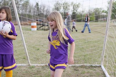 soccer u 10 purple panthers team s09 011