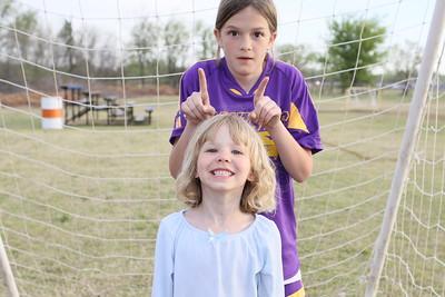 soccer u 10 purple panthers team s09 030
